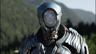 В России РУХНУЛ НЛО пришельцев. Paнeный инопланетянин пришел в деревню к людям