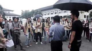 Media Parahyangan | Aksi Persatuan Mahasiswa Unpar Memperingati 17 Tahun Reformasi
