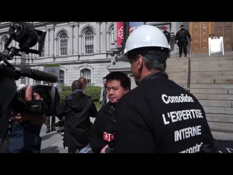 Striking Montreal Engineers Protest In Front of Montreal City Hall 00088