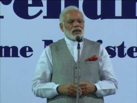 Modi arrives in Doha on the second leg of five-nation tour, interacts with Indians