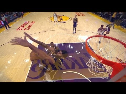 Anthony Davis' big block proves pivotal in pushing Lakers past Kings