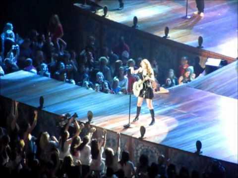 Taylor Swift - Long Live (RBC Center 11/17/11 Raleigh NC) Speak Now Tour 2011