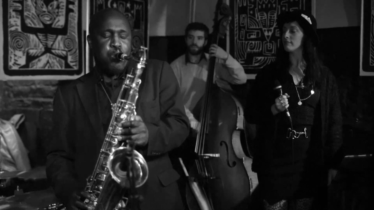 Monk - The final frontier Quintet  Straight no chaser (Get straight)