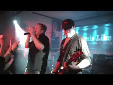 Machinae Supremacy - Gimme More (The Rock Pub, Kokkola, 26.3.2010)