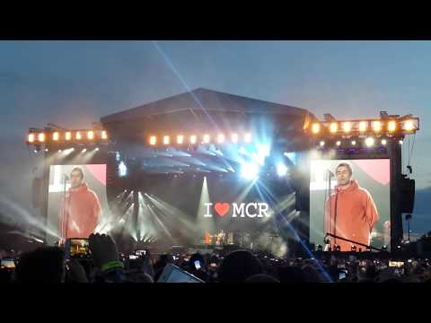 Liam Gallagher feat. Chris Martin - Live Forever [One Love Manchester]