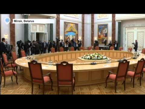Ukraine Federalization Vote: Poroshenko ready to put question of federalization to referendum