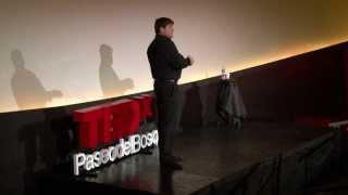 Una charla en 3D: José Como Birche at TEDxPaseodelBosque 2013