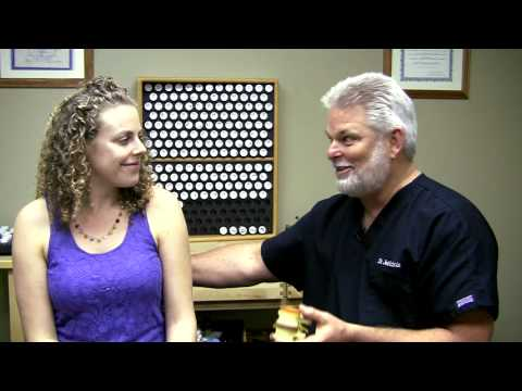 how-chiropractic-works,-spinal-health-&-subluxations-|-adjustment-demo-austin-chiropractor-care