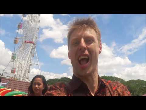 Bule kepo ke Taman Mini Indonesia Indah #Vlog13