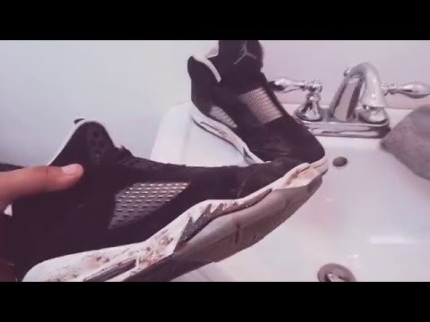Cleaning Air Jordan 2013 Oreo 5s