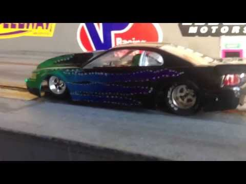 Slot car drag racing 1/24 mustang 10.5 outlaw