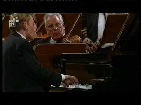 Denys Proshayev Mozart Konzert K 415   3.Satz