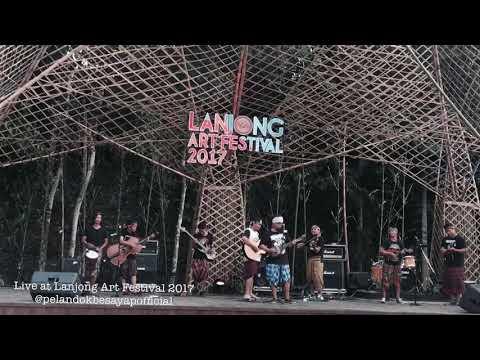 SAYANG - VIA VALLEN KERONCONG TINGKILAN COVER LIVE AT LANJONG ART FESTIVAL 2017