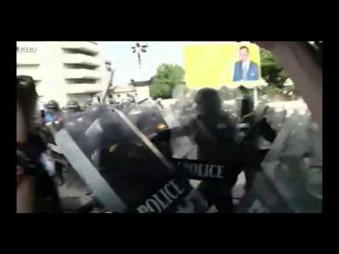 Thailand police and protesters clash in Bangkok