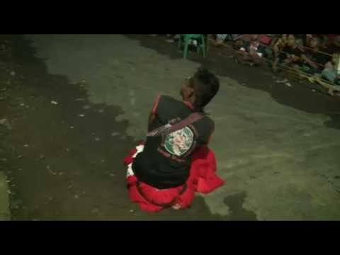 KESENIAN JARAN KEPANG TURONGGO WENGKER tampil di Desa Karangan Balong Ponorogo