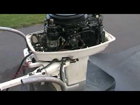 1988 Johnson outboard motor 30 hp idling  YouTube