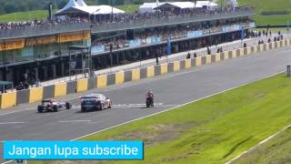 Video Super bike VS Nascar VS F1 download MP3, 3GP, MP4, WEBM, AVI, FLV November 2019