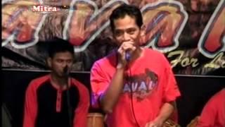 Savala For Land Music 2015 - Maya - live Batealit