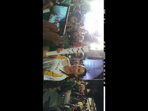 Adriana Lima carregando Tocha na Praça Mauá 2