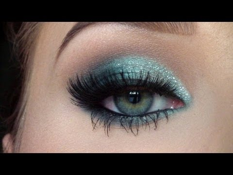 Sparkly New Years look | Jaclyn Hill thumbnail