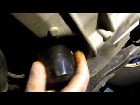 The most well designed car for easy oil changes? - Honda Civic Hybrid Gen 1