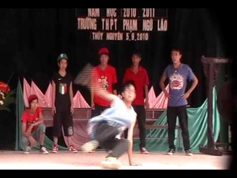 Lễ Khai Giảng năm học 2010-2011 THPT Phạm Ngũ Lão - TN - HP (7)