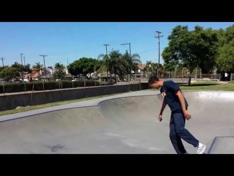 Tour of Caruthers Skatepark in Bellflower, CA