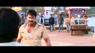 Bizarras cenas de luta de Bollywood.flv