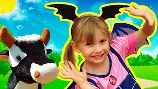 Funny story for kids about Alena and toy animals