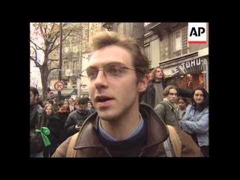 FRANCE: UNIVERSITY STUDENTS DEMONSTRATE FOR MORE GOVT FUNDS