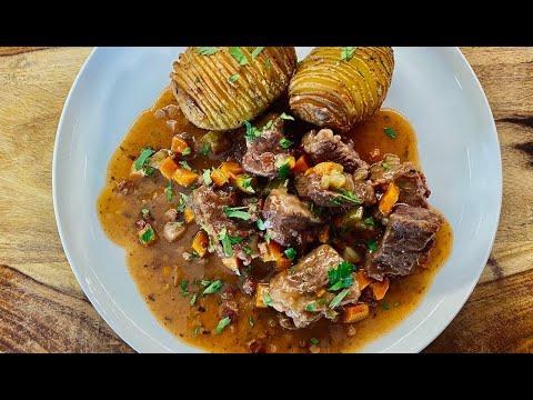 instant-pot-boeuf-bourguignon-&-hasselback-potatoes---gluten-free,-low-fodmap