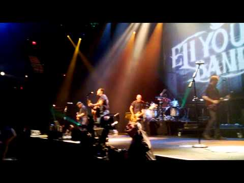 Eli Young Band - Keep On Dreamin' Even If It Breaks Your Heart