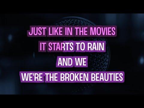 Strangers - Sigrid (Karaoke Version)