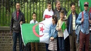 جدل بين الجزائريين في لندن حول ترشح الرئيس بوتفليقة