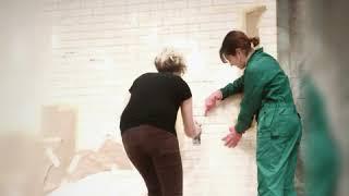 Роспись стены. Как расписать стену по трафарету?
