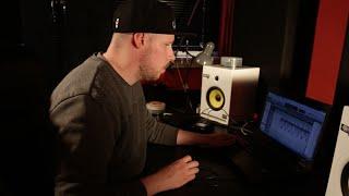 Making The Beat Ep 30 Using Protools Analog One Shots