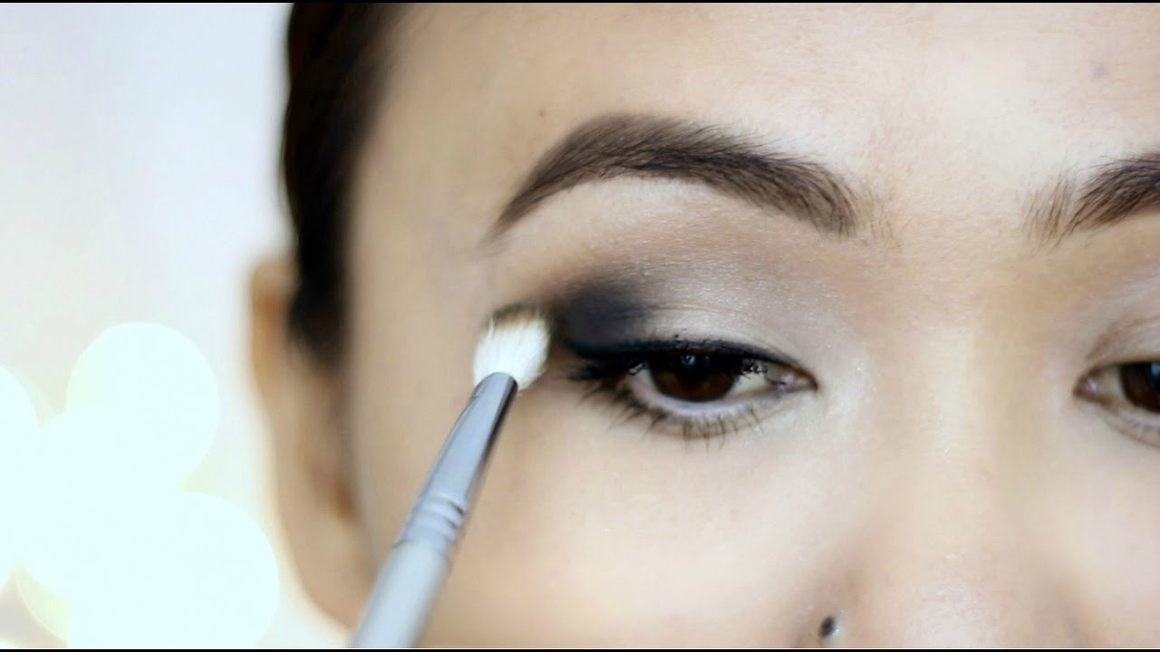 How To Apply Eyeshadow Perfectly For Beginners  Titi's Corner