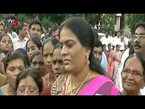 Harish Rao Wife In Bathukamma Celebrations at Telangana