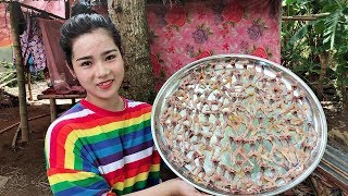 BEAUTIFUL GIRL COOKING - How To Cook Frog - Fried Frogs Recipes