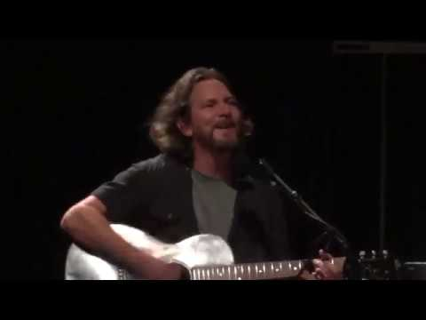 Eddie Vedder - Rockin' In The Free World, Music Hall At Fair Park, Dallas, 11.15.2012