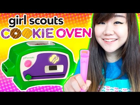 Girl Scouts Cookie Oven / Delicious Kitchen Cooking Set for Kids - Cooking Play with Lastic!