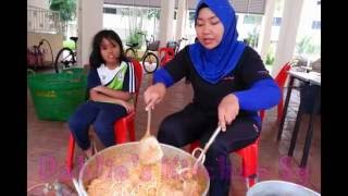 Video Outdoor Cooking - MEE SIAM GORENG TAUCU DAHLIA'S KITCHEN download MP3, 3GP, MP4, WEBM, AVI, FLV Juli 2018