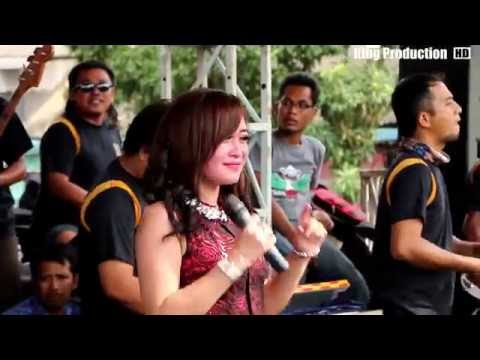 Batuk Duwur -  Yuliana ZN - LA Banderas Live Kalikapur Kedokanbunder IM