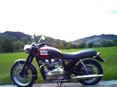 TRIUMPH BONNEVILLE T100 2006 - YouTube