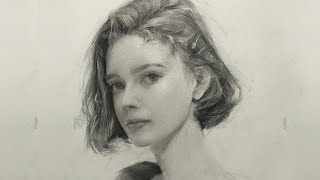 Drawing Girl Portrait with Graphite Pencil