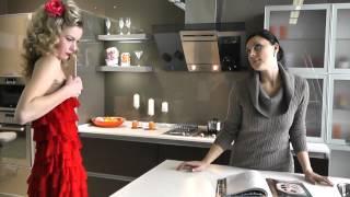 А чем ваша девушка занимается на кухне ?(Backstage к фотосессии в стиле pin-up. Полная версия на http://www.promebel54.ru/index.php?option=com_content&view=article&id=514., 2013-04-08T04:44:41.000Z)