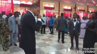 Samuel Ofori cleans the shoes of Bishop Obinim over prophecy