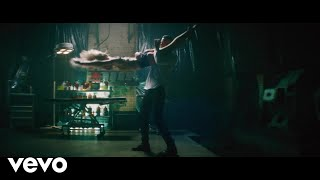 Смотреть клип Alice Chater - Thief