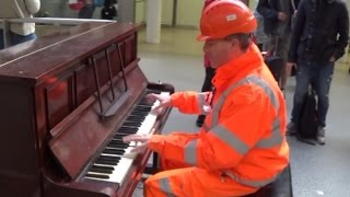 Workman Stuns Audience With His Piano Skills thumbnail