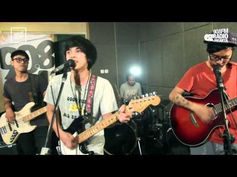 LIVE & LOUD : BISMA KHARISMA - MULAI BERJALAN